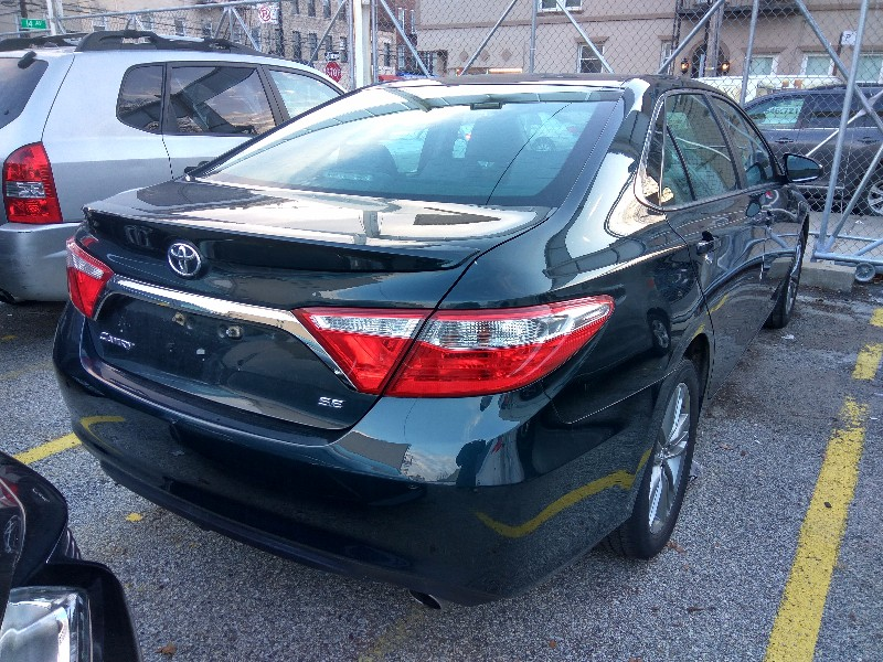 2015 Toyota Camry 52Kmiles 黑色